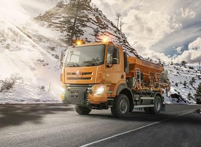 Mezinárodní unikát české automobilky: Tatra Phoenix bude vozit turisty po ledovci