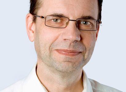 Profesor Budil: Pavel Novotný, vrchol morálního rozkladu. Budoucí šéf ODS? Co ruští diváci viděli...