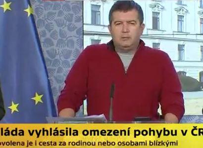Bohdan Babinec, Miroslav Josef Bezecný: Červená mikina