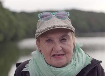 VIDEO Eva Holubová a TOP 09 na jednom pódiu. Rána Zemanovi. Chvalozpěv na Milion chvilek. Ale i Havel a slova o migraci