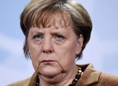 Richard Seemann: Merkelová ke dni ústavy odmítá antisemitismus