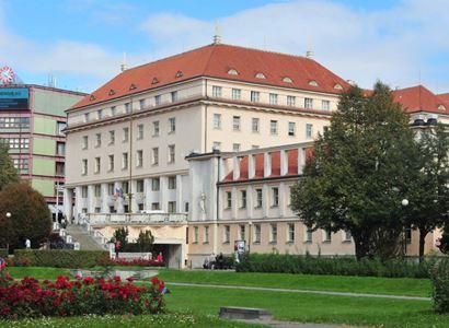 Ministerstvo zdravotnictví: Češi očkovaní ve třetích zemích se mohou prokazovat českými EU COVID certifikáty