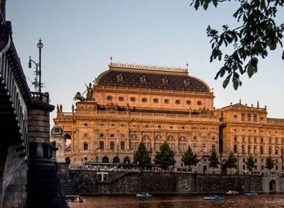 Národní divadlo: Pražské křižovatky přivezou nejnovější inscenaci kolumbijské skupiny Mapa Teatro