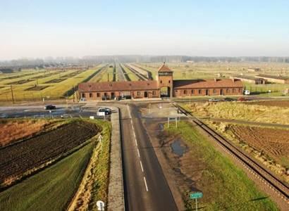 Richard Seemann: Rakousko otevřelo expozici v Auschwitz-Birkenau