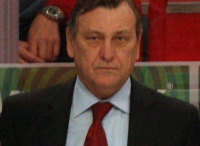 """Vlajka je vlajka, i ta běloruská. Hokejová legenda k """"politickému"""" mistrovství světa"""