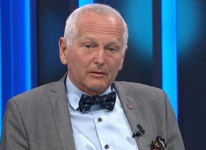 Ten pan Smejkal není ani epidemiolog. Profesor Pirk o zločinu na dětech a dalších omylech vlády