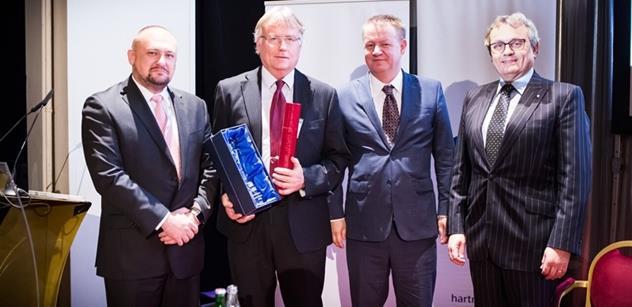 Ředitel strakonické nemocnice se stal Manažerem roku ve zdravotnictví 2015