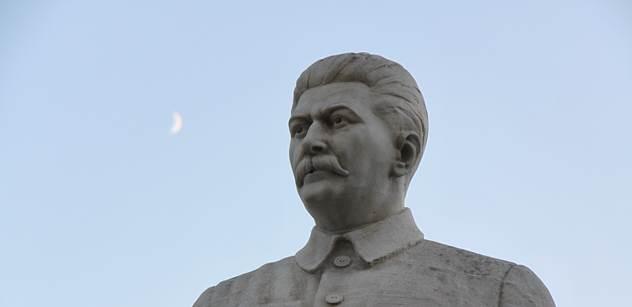 Na konci války nás bombardoval SSSR. Odneslo to 1300 lidí, připomněl divákům pořad Marka Wollnera