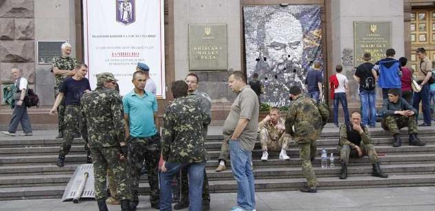 Putinův humanitární útok. Tak vidí ruský konvoj známá novinářka Petra Procházková