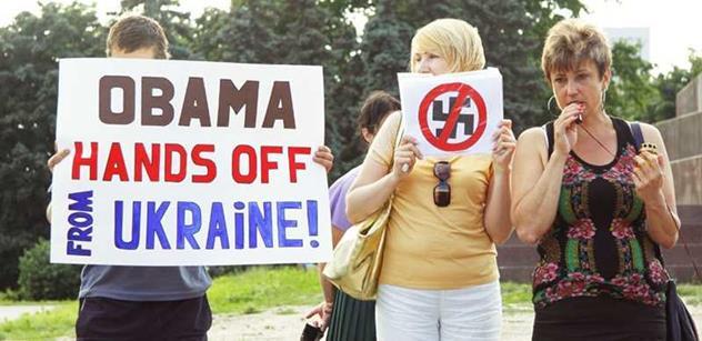 Téma Ukrajina: Prodejný bordel, napsal americký pravičák o západních novinářích. Čeká světovou válku