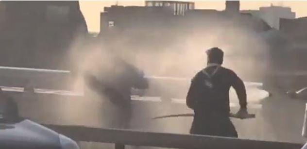 Čím přispěl terorista? Sluníčková naivita v Londýně. Dohra nože, narvalího rohu a hasičáku je silná