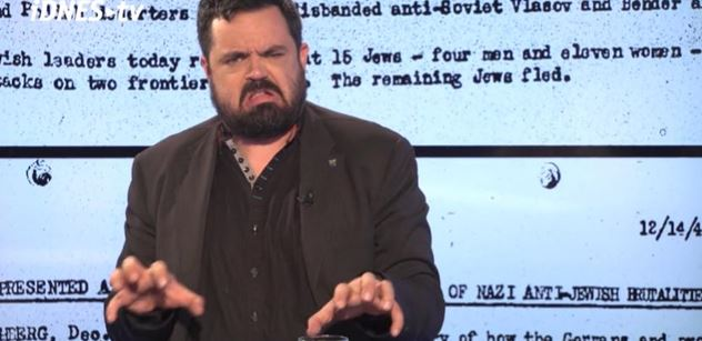 VIDEO Pavel Novotný na demonstraci proti Koněvovi přiložil pod kotel slovy o Rudé armádě