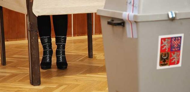 Sněmovna zpřesnila pravidla pro práci volebních komisařů