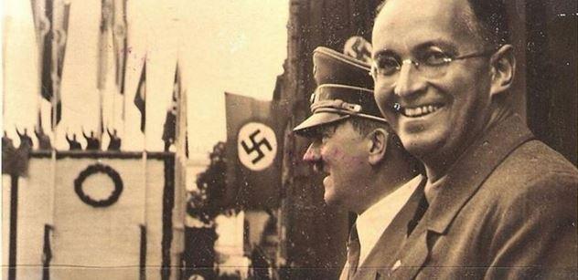 Osmičkové výročí, které se moc nepřipomíná. Právě před osmdesáti lety začali Hitler s Henleinem utahovat šrouby