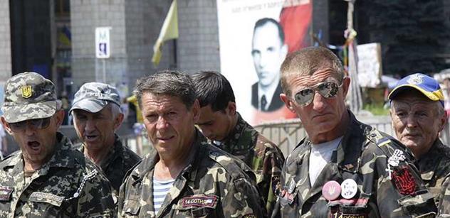 Stropnický podporuje fašisty a vrahy se symboly SS, zatímco u nás postižené děti trpí. A ruská agrese… I to se ozvalo kvůli pomoci kyjevské vládě