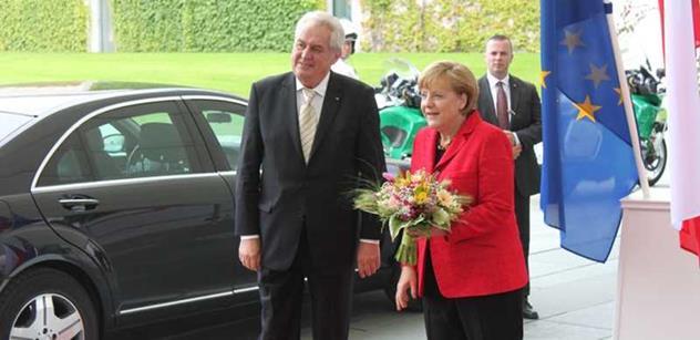 """Merkelová v koncích, Ukrajina bez peněz a slova z Číny, která mohou hřát Moskvu. Další """"úspěšný"""" týden pro Evropu dle Terezy Spencerové"""