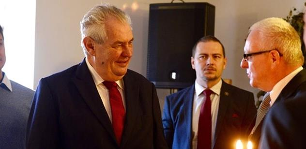 A novinářští šmokové umlkli... Miloš Zeman se v lázních rozpovídal i o svém sexuálním životě
