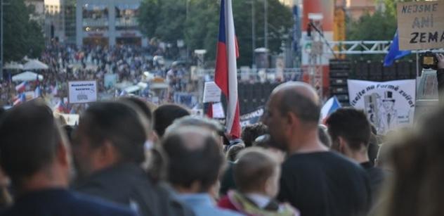 Skončí jako Drahoš! Rána demonstrantům z Václaváku