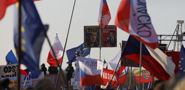 Vladimír Pelc: Nestojí ani za chvilku pozornosti