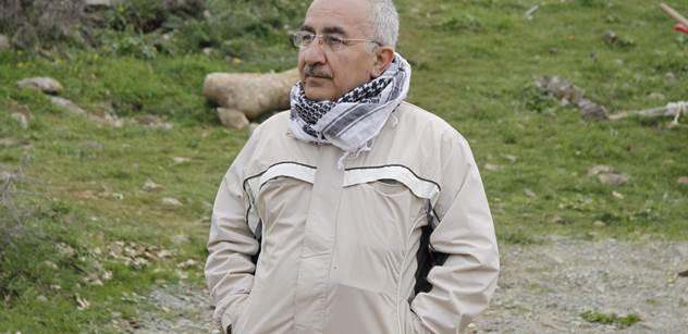 Yekta Uzunoglu: Rukojmí 3 - Případ turecký Renault