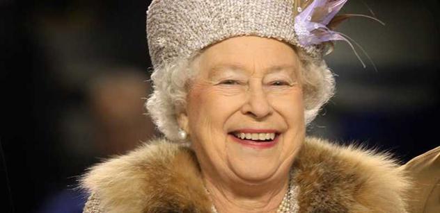 Britská královna prý vyznamená romského policistu z ČR
