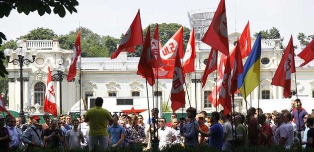"""Ukrajina má """"ministerstvo pravdy"""". Tamní novináři mají strach"""
