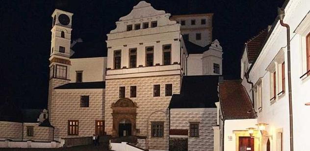 Zámek Pardubice má své víno, připomíná náboženskou toleranci za Viléma z Pernštejna