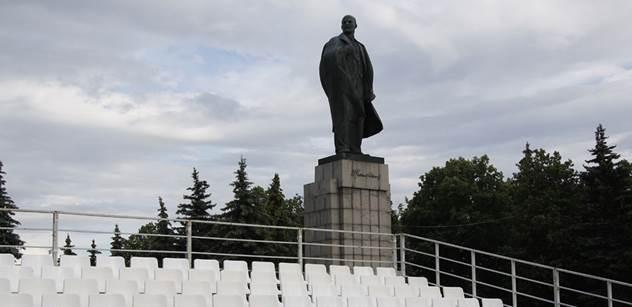 Hlasy z Uralu: Američané už napáchali víc zla než Hitler. Jestli nám sem budou strkat rypák, tak přes něj dostanou