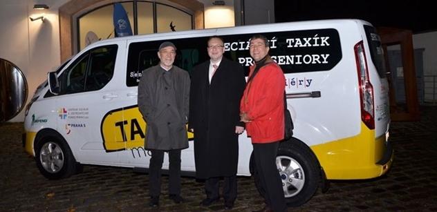 Praha 5: Taxík Maxík pomůže seniorům i handicapovaným