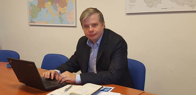 Z Brna do Ostravy za jednu hodinu jízdy vlakem, uvedl web exministra Kremlíka