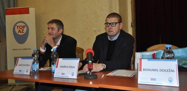 Stačí mu jedno zasedání vlády, aby se vyhnul trestnímu stíhání... Na akci TOP 09 dorazili čtyři novináři a rozpovídali se o Babišovi