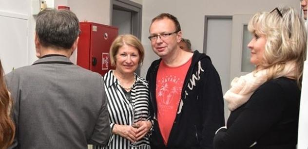Praha 5: Radní Petr Lachnit předal dar dětem z Dětského domova na Zbraslavi
