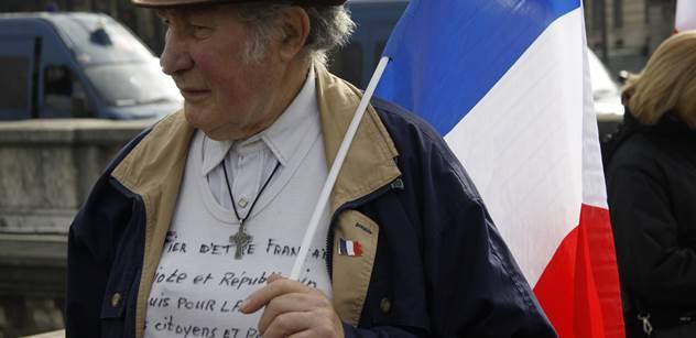 Smrt Francie, katastrofa. Chantal Poullain naléhavě o stavu své první vlasti