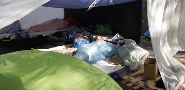 Ekonom: Falešný soucit s migranty. Kdo má peníze na pašeráky, ten vážně neumírá hlady...