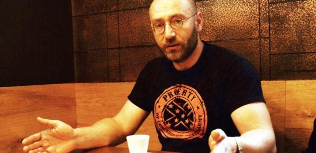 Petr Hampl: Ospravedlňuje mimořádná epidemiologická situace cenzuru?