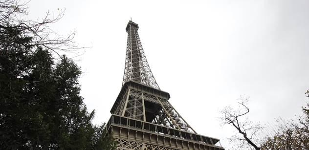 Zpěvák skupiny, na jejímž koncertě v Paříži řádili muslimští vrazi: Islám je jako komunismus. Líbáme Arabům zadek. Blbá privilegovaná bílá děcka...
