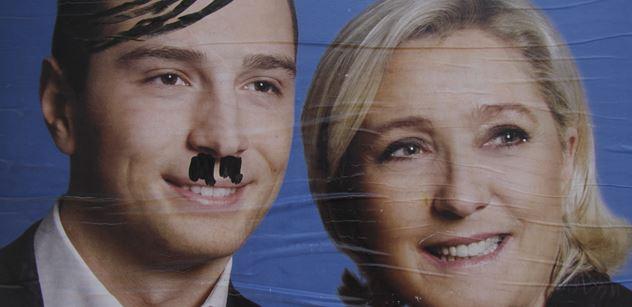 Fašista, pytel sraček, svobodní zednáři, zoofilie. Sledovali jsme, jak šli k urnám Francouzi