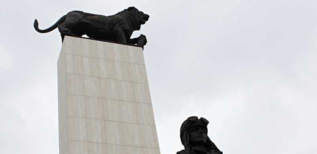 Kiska i šéf Sněmovny položili v Bratislavě věnce k soše Štefánika