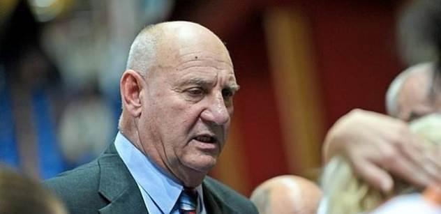 Známý trenér, který se stal ódéesákem: Vláda má hlavní úkol - podporovat Babišův byznys