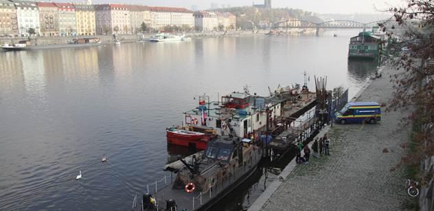 Petice za posunutí revitalizace Pražských náplavek na podzim 2018