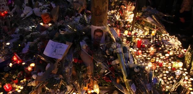 Kreténi, pověsit za koule do průvanu, vyjádřil se k masakru v Paříži zpěvák Aleš Brichta. No a co Jan Rejžek či manžel Heleny Vondráčkové?