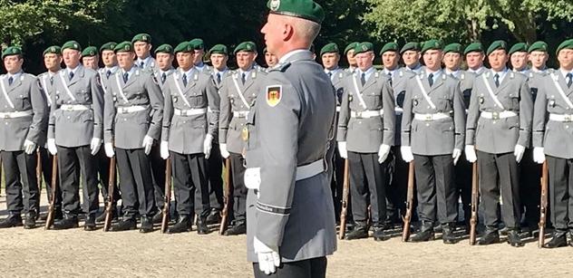 Češi a Němci jsou si blíž, než kdy dřív, sdělil německý prezident Steinmeier Zemanovi