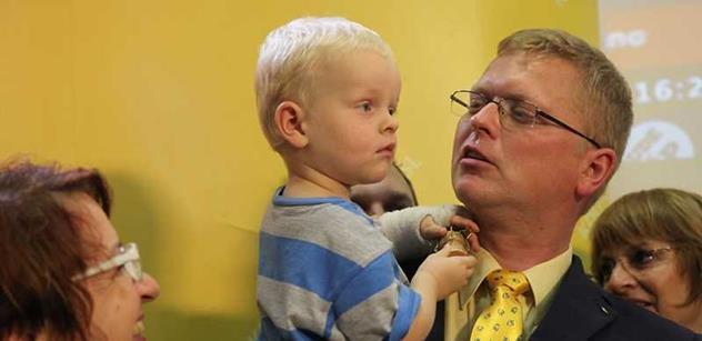 Bělobrádek zaútočil na Babiše: Dělá jen tupé škrty