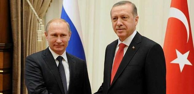 Rusko nesmí dostat zelenou, řádila Albrightová. Zkušený znalec regionu odhaluje, jak teď může Putin fatálně zasáhnout NATO