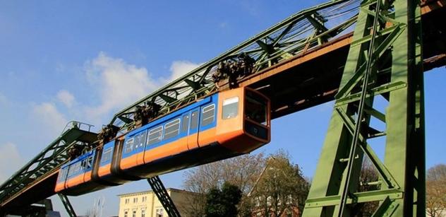 Petice za visuté dráhy v Praze