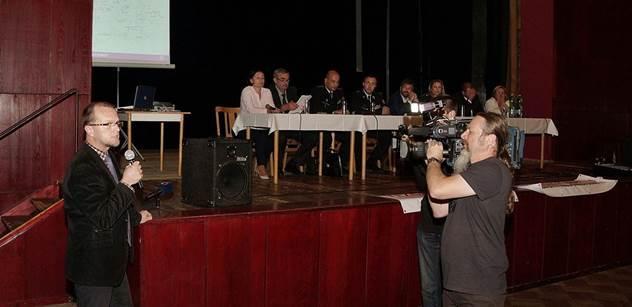 Vyhlasme v Králíkách místní referendum, nabádá hejtman Martin Netolický