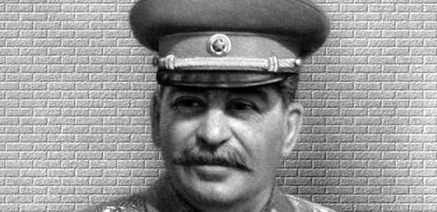 Policie odmítla stíhat za hrnky s Hitlerem a Stalinem. Je to prý podnikání nevhodné, ale ne trestné