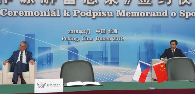 Zeman jednal s čínským prezidentem. Došlo na Kellnerovu PPF i Jágra