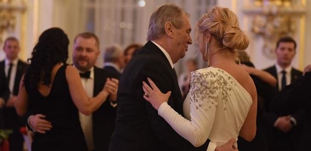Prezident Zeman: Výtěžek plesu půjde na něco, co bych nazval projevem rozumného soucitu