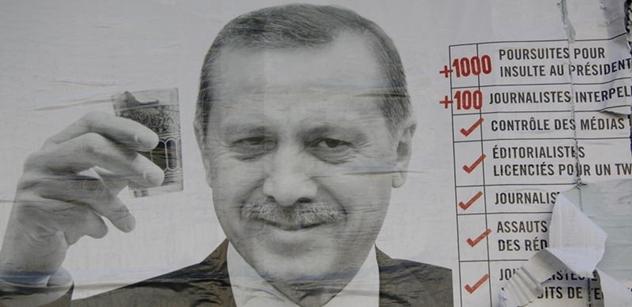To byly šoky: Západní novináře vylákali do Turecka, že se setkají s Erdoganem. Dopadlo to úplně jinak a stojí to za to